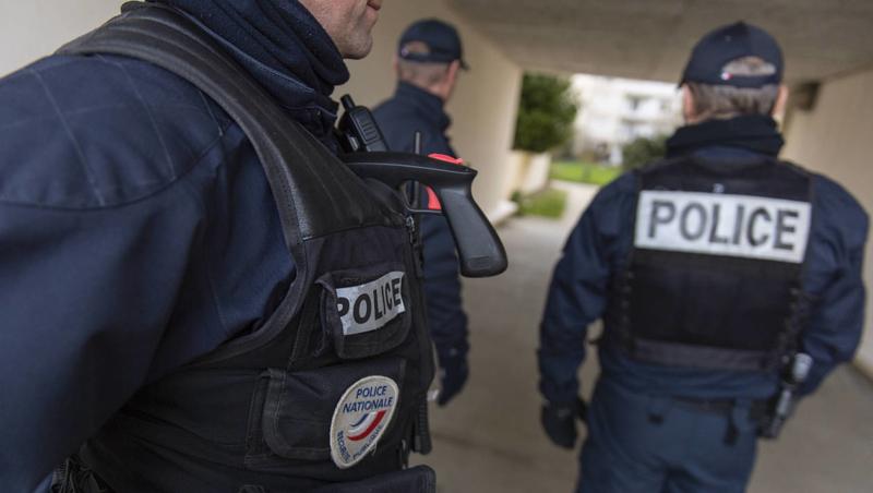 bcd79f1dc42efd8737c885e1bf0d6360-rennes-la-police-renforce-sa-presence-place-sainte-anne-et-maurepas